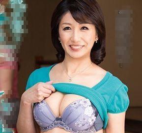 (ヒトヅマムービー)《熟母の性欲》若いチンチンを目の前にすると膣内内から愛液がこぼれ出す