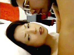 【ヘンリー塚本】盗みがばれてSEXを求められるおばさん 桐島秋子