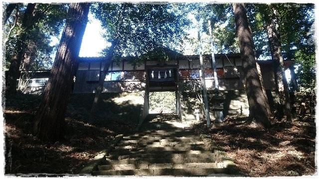 村檜神社神門