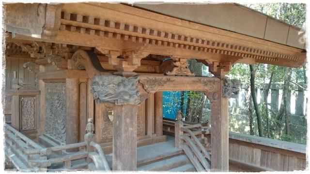 瀧尾神社境内社・市神神社
