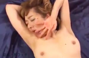真梨邑ケイ