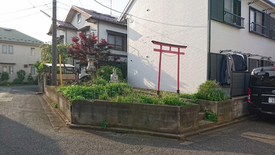 04_府中首塚(南東から)