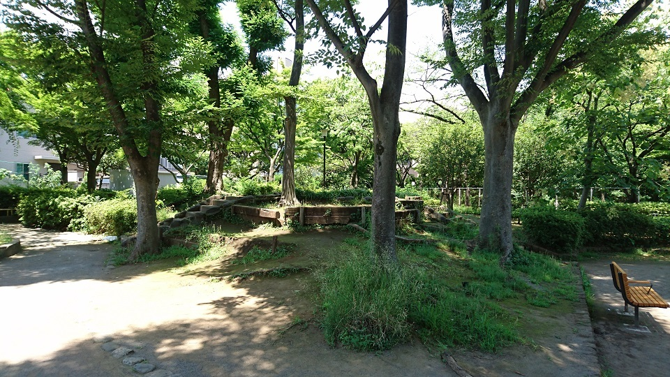 20160704 DSC_4187s大井公園内古墳