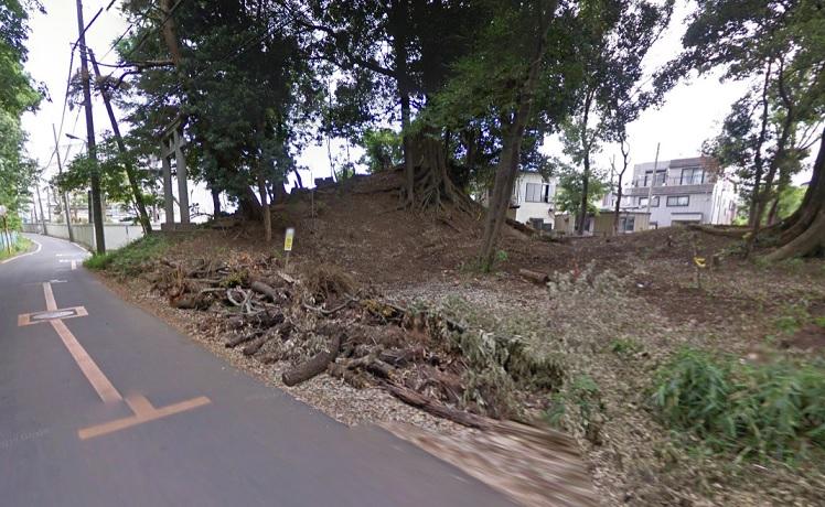ハケ遺跡古墳 御嶽神社と塚