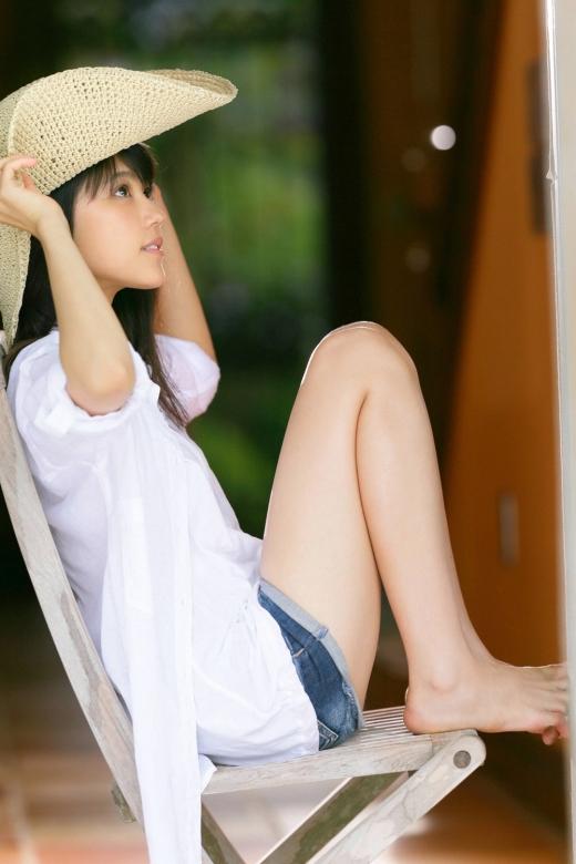 有村架純が超絶かわいい女優だと理解できるセクシー着衣グラビアまとめ081