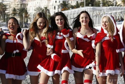【画像】もうすぐクリスマスなのでサンタコスプレの女の子集めてみたよwww 32枚 No.23