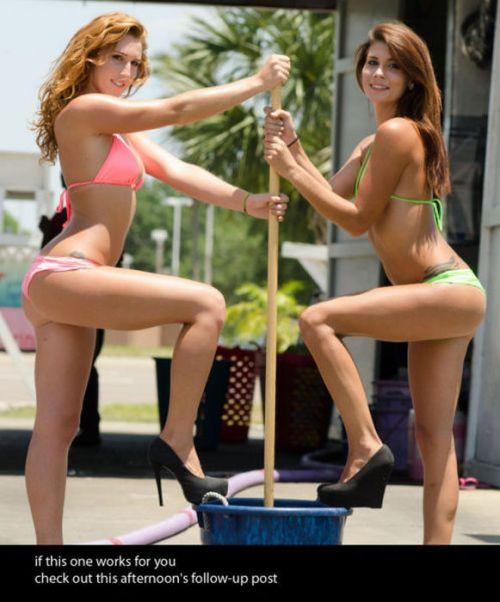 【画像】Tバックや全裸で洗車する外国人の規格外なお尻がエロ過ぎwww 39枚 No.39