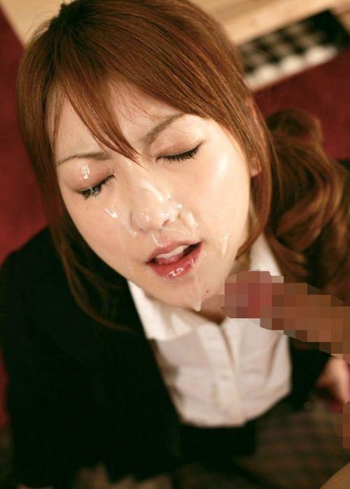 服を着たままの女の子の顔に顔射しちゃうエロ画像まとめ 39枚 No.9