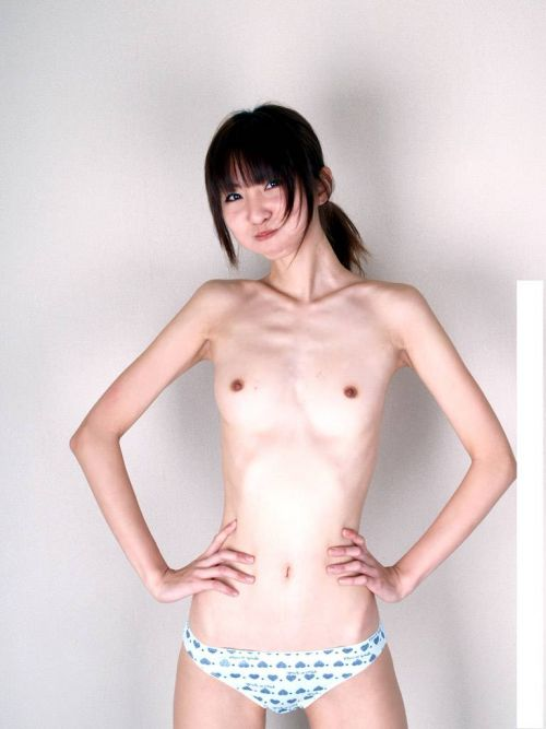 貧乳でスレンダーな痩せてるガリガリ女画像まとめ 35枚 No.33