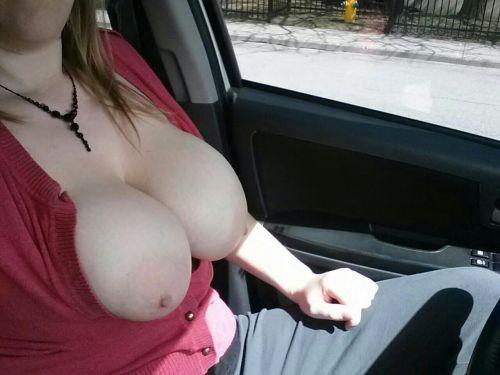 外国人美女たちが自動車内でおっぱいを見せつけるエロ画像 31枚 No.6