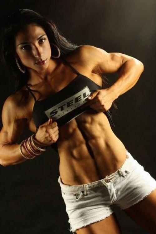 【画像】筋肉モリモリのガチマッチョ外国人女性の腹筋エロ過ぎ 33枚 No.20