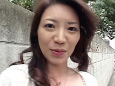 【無修正】【中出し】初裏流出!神崎京子 美人三十路妻をナンパ