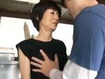 ダイスキ!人妻熟女動画 : 定年を迎えた主人とのセックスでは満足できず、息子の硬い肉棒でヨガる還暦妻 加山忍