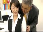 熟女動画だよ : 職場のフェロモン漂う人妻社員にスケベ上司が生ハメ