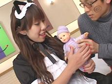 【無修正】メイド服の母乳ママにメロメロ 吉沢ミルク