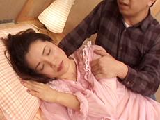 【無修正】ストレス発散にオナニーする四十路妻 泉貴子