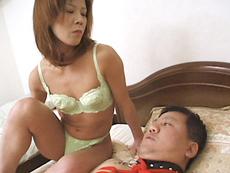 【無修正】性欲の強い貧乳スレンダー四十路 唐沢昭子||
