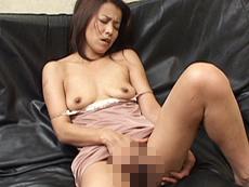 【無修正】美人ハーフ系人妻のフェラチオテク 小川英美