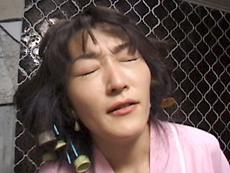 【無修正】美人三十路妻のアナル初解禁 山口夏美