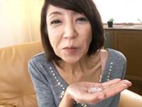 ダイスキ!人妻熟女動画 :ガリガリの五十路熟女が人生初の口内射精後ハメられ、か細い声でヨガる 宮崎恵美子