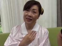 エロ動画アンテナ:【初撮り熟女】巨乳奥さんが旦那専用の肉壺が他人に奪われる企画