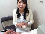 ダイスキ!人妻熟女動画 : オナホールの訪問販売員のおばさんがやって来て実演レクチャーしてくれたw