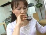 本日の人妻熟女動画 : 【素人】お母さん、いいですか?高速フェラで抜いちゃう人妻♪
