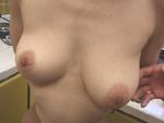 オバタリアン倶楽部 : 【無修正】どっちが重い?三十路の天秤乳房