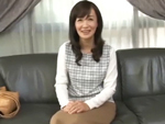 ダイスキ!人妻熟女動画 : 清楚で美人な四十路妻が初撮りAVで若い男優相手に濡れまくる 笹川蓉子