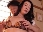 ダイスキ!人妻熟女動画 : 透け下着大好きな四十路おばさんが隣に引っ越してきた若者に寝取られる! 滝川なるみ