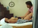 本日の人妻熟女動画 : 【素人】悪徳な出張マッサージ師に自宅でハメられちゃう人妻♪