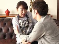 ダイスキ!人妻熟女動画 :性欲が凄すぎる息子に力づくで犯されてもなぜか濡れそぼる四十路母 藤澤美織