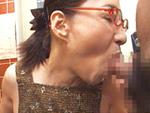 オバタリアン倶楽部 : 【無修正】極太チ●コ2本に生唾を飲む五十路痴女 安藤千代子