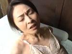 ダイスキ!人妻熟女動画 : 姑が出かけると、ソッコー旦那にセックスを求める四十路の好きモノ妻 麻生千春