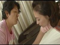 人妻・熟女の食べ頃:【動画】 四十路美熟女な義母のブラが浮いてて息子大興奮★矢部寿恵