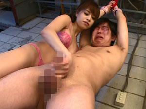 何回イッても許してくれない痴女姉さんの手コキラッシュで搾り取られる連続射精地獄 吉沢明歩