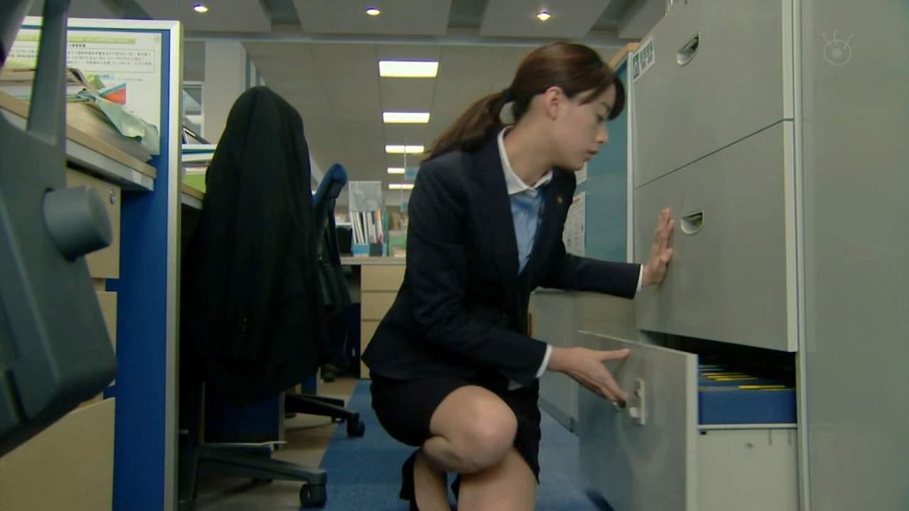 山本美月のセクシー水着エロ画像が放送事故