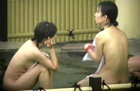 【女風呂】温泉覗くとそこは「超絶景」だったww