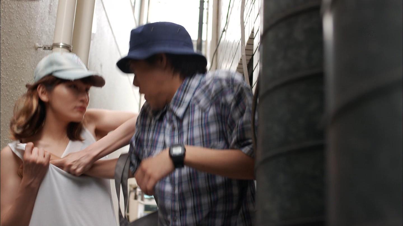 本田翼のエロおっぱい画像