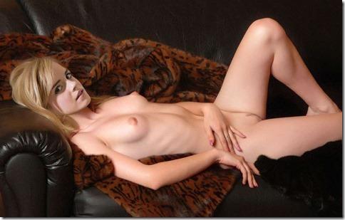 【世界の快道でイク!西欧特別編】無毛の美少女ボディがよく似合うエマ・ワトソンのアイコラエロ動画像14