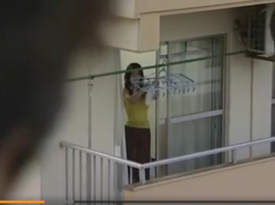 (昭和ロマンえろムービー)オまんこしたいヒトヅマは、の●いてた男が来てくれるようにパンツに願いを込めて干す