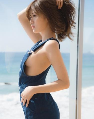 エロ白石麻衣セクシー画像46乃木坂46胸おっぱい4まいやん写真集パスポート20170202
