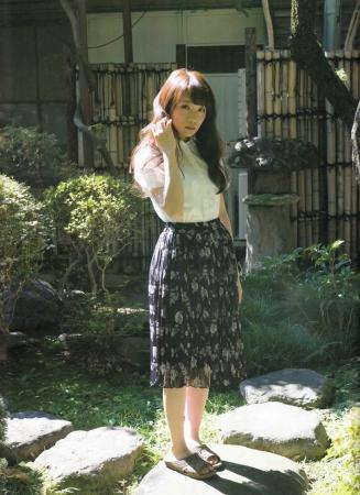 秋元真夏の画像005