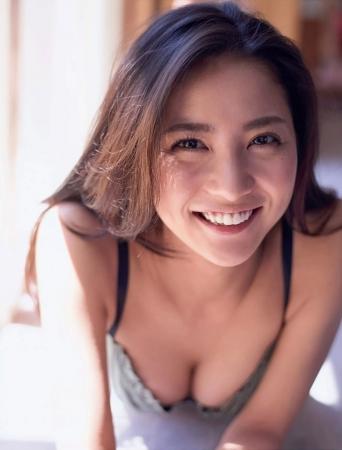 石川恋の画像001