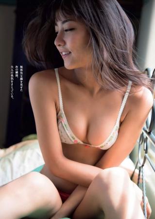石川恋の画像020