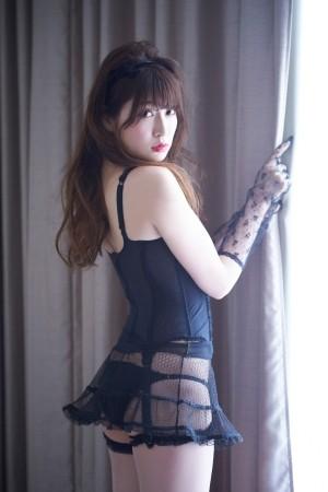 吉田朱里の画像007