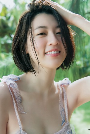 三吉彩花の画像004