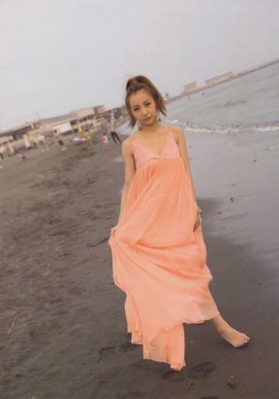 板野友美の画像012