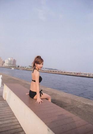 板野友美の画像025