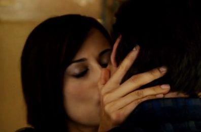 キャサリン・ベル 強引なキスをしてしまう濡れ場